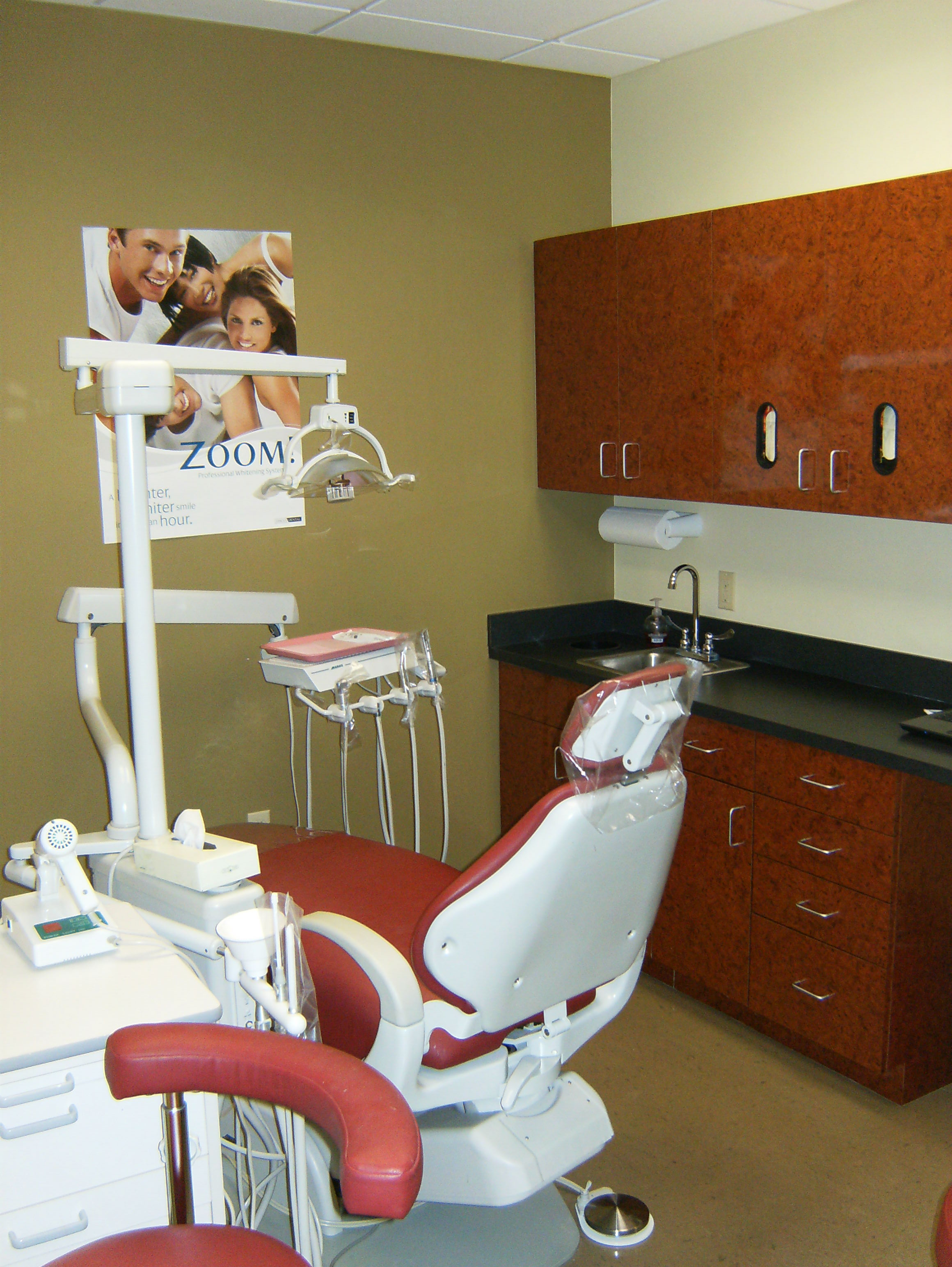 Our Clean, Modern Dental Treatment Room